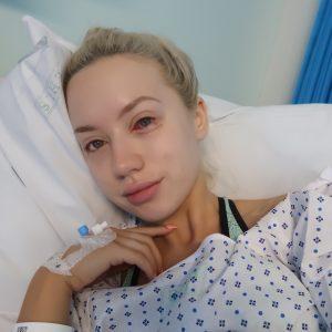 Elle's eye surgery