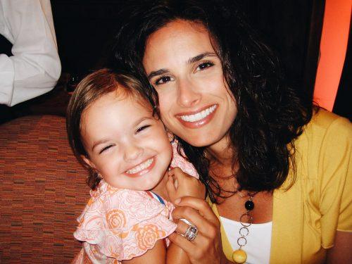 Jenna Raine's mother