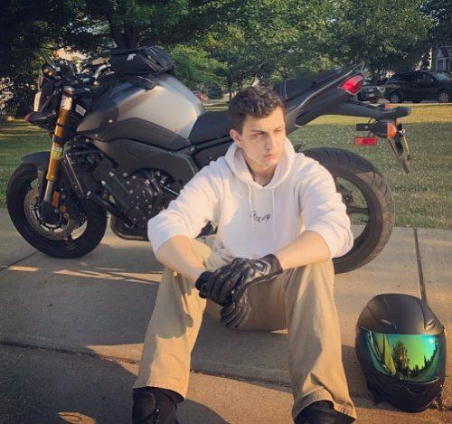 LuxuryPranks with his bike