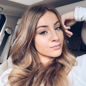 Daisy Keech Biography Age Wiki Net Worth Bio Height Boyfriend She is faced with the challenge of raising a monster named alanafter her father has left her. daisy keech biography age wiki net