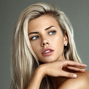 Sexy hot girls naked gifs