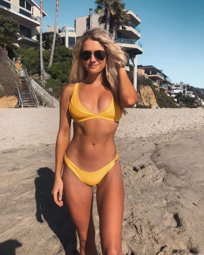 Lindsay Brewer looking hot