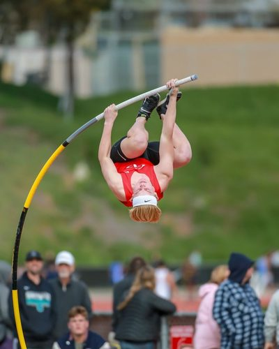 Jack Wright pole vaulting