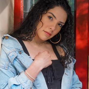 Andrea Camila