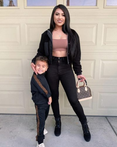 Yoatzi Castro with her son