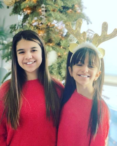 Emily TwoSistersToyStyle with her sister
