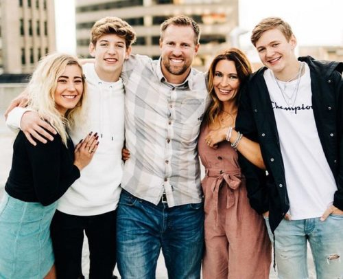 Carson with his family