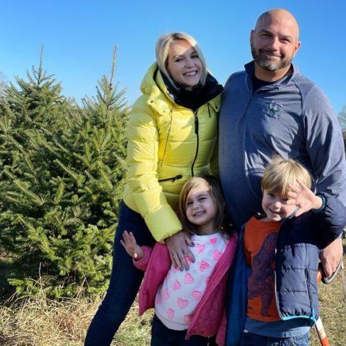 Rachel with her family