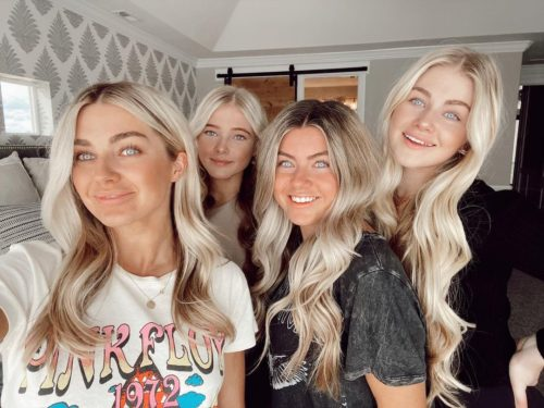 Rylee with her sisters