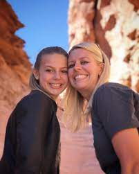 Daniell Tannerites with her mother