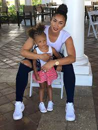 Darnell Nicole with her daughter