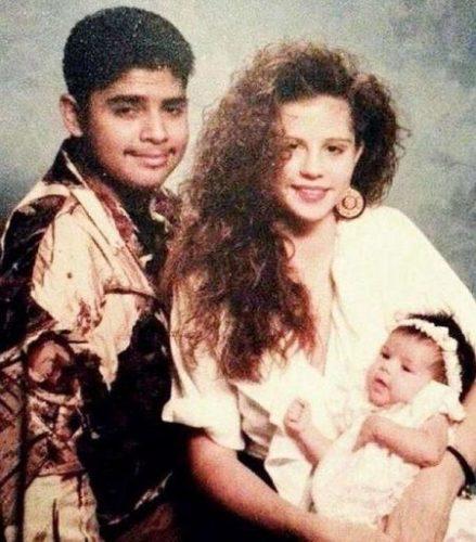 Ricardo Joel Gomez with his ex wife and Selena