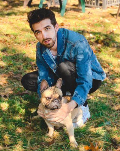 Daniel Gizmo with a dog