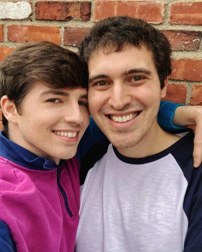 Coreythebagel with his boyfriend