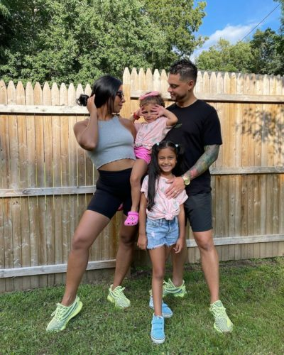 Maybelline Perez with her family