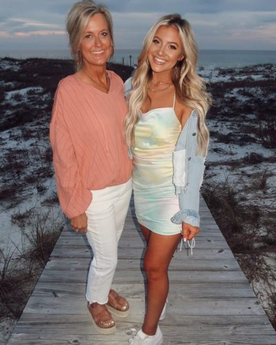 Riley Thomas with her mother